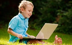 153445011-Boy-on-laptop